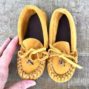 LAURENTIAN CHIEF | Suede Moccasins For Baby Size 7